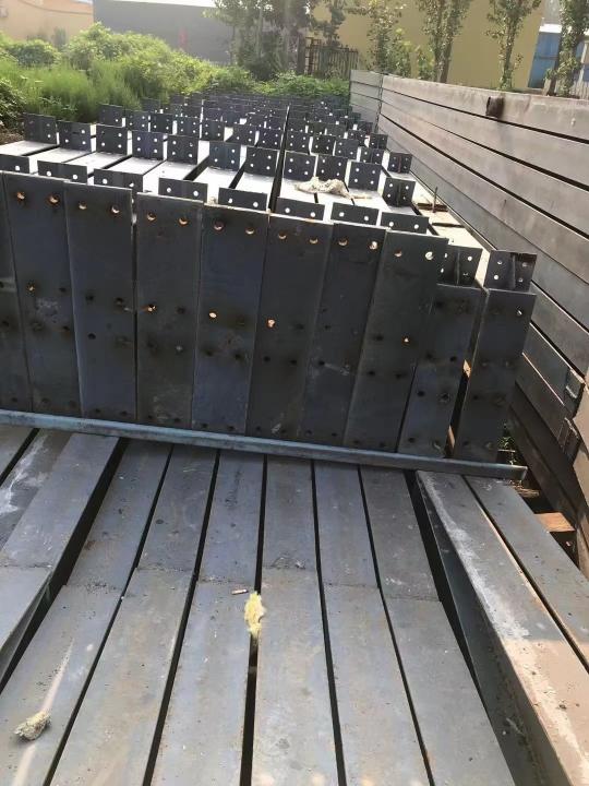 出售9.9成新精品库房 宽42.5米/长57米/高5.2米(.....